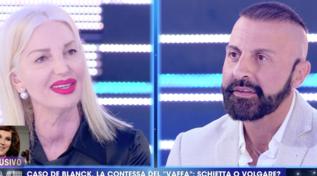 """La marchesa d'Aragona contro Patrizia De Blanck: """"È un agglomerato di cattivo gusto"""""""