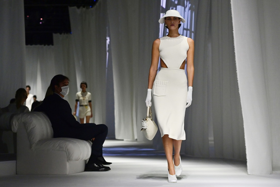 Milano Fashion Week, Fendi P/E 2021: i look della sfilata