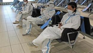 Coronavirus, mascherine nelle scuole e negli aeroporti
