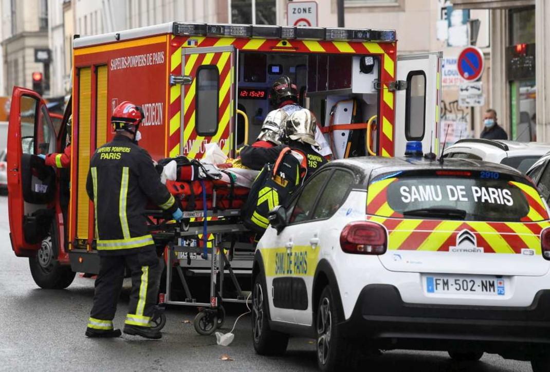 Attacco vicino all'ex sede di Charlie Hebdo