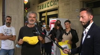 """Jesi, mendicante che ha vinto 300mila euro al gratta e vinci: """"Ero incredulo"""""""