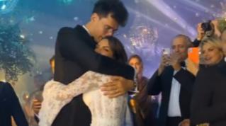 Le nozze di Elettra Lamborghini: party notturno con balli, musica e fuochi d'artificio