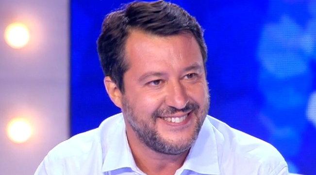 """Salvini: """"Sono sicuro che il governo cadrà, non vanno d'accordo su nulla"""""""