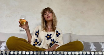 Taylor Swift batte Whitney Houston e fa la storia: è lei la regina delle classifiche