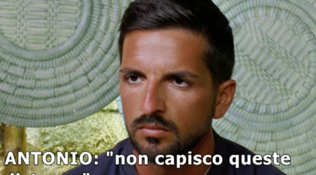 """""""Temptation Island"""", Davide chiede il falò di confronto immediato e Serena..."""