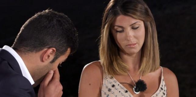 """""""Temptation Island"""", Anna conferma il suo addio a Gennaro: """"L'amore è un'altra cosa"""""""