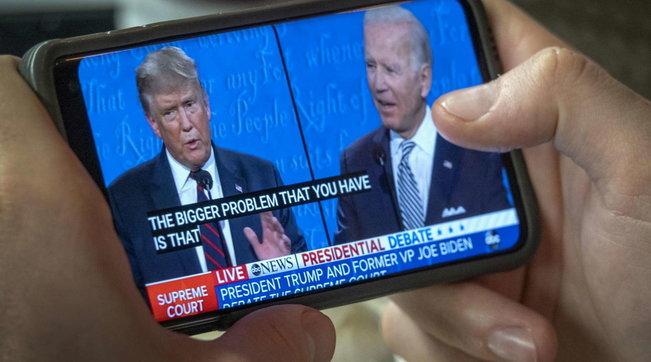Sondaggio dopo il duello tv:Biden in vantaggio di otto punti su Trump