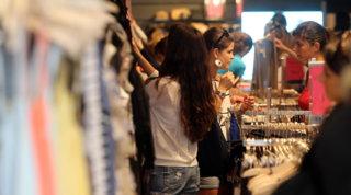 H&M spiò i dipendenti: multa da 35 milioni di euro