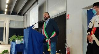 """Clandestini tumore da sradicare"", frase shock del sindaco di Ferrara: è polemica"