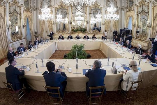 Mattarella riceve al Quirinale il presidente della Grecia