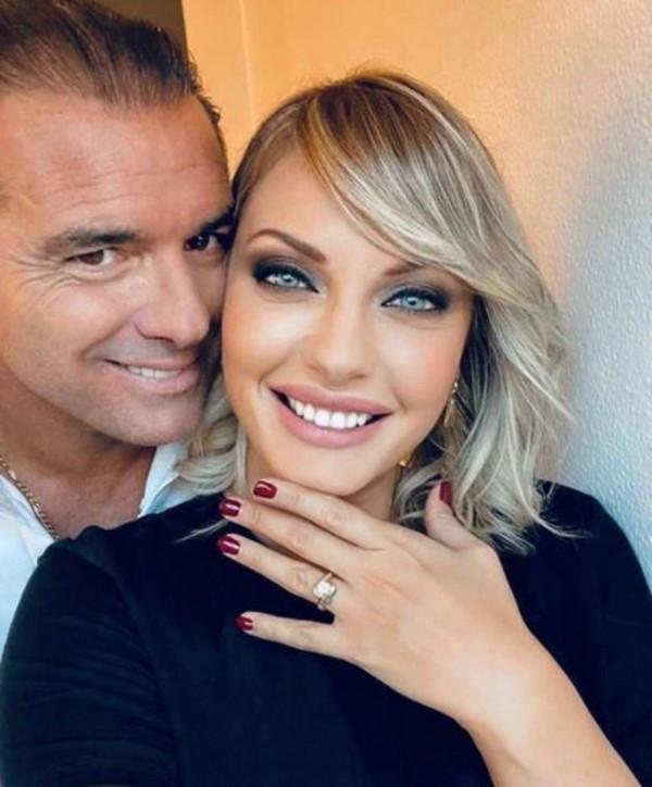 Per Manila Nazzaro compleanno con proposta di nozze: sposerà Lorenzo Amoruso