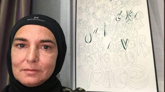 """Sinead O'Connor: """"Sono paralizzata dall'agorafobia, aiutatemi sto morendo di fame"""""""