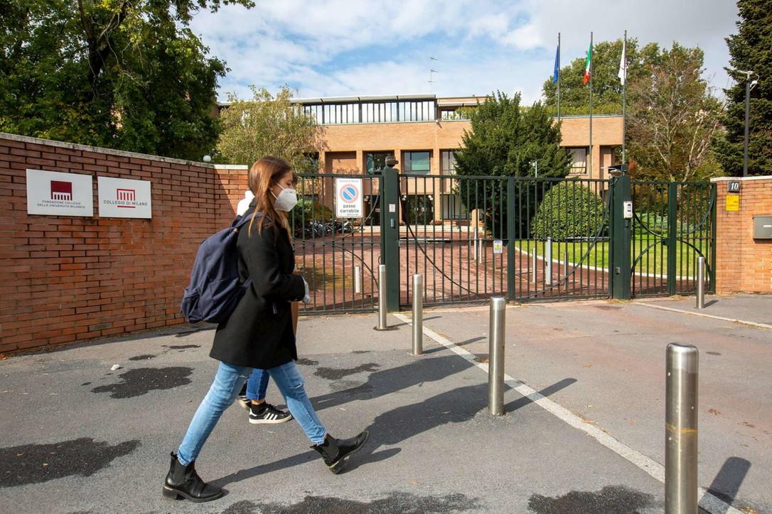 Milano, focolaio in un campus interuniversitario: 25 positivi al covid