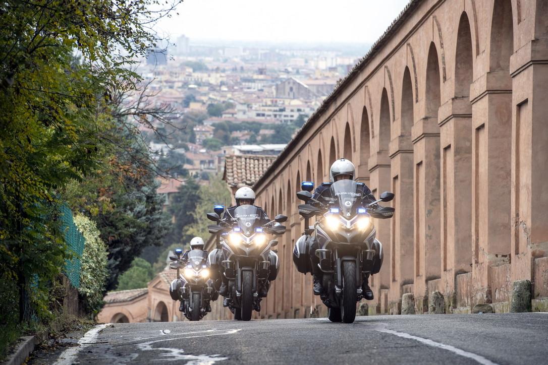 La Polstrada di Bologna va in Multistrada 950
