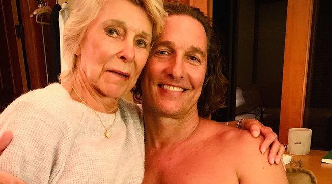 Matthew McConaugheymette nero su bianco la sua vita