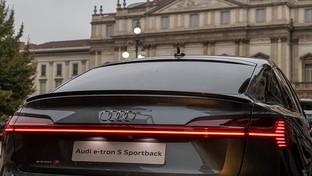 Audi, il futuro è un'attitudine: e-tron S Sportback debutta alla Design Week di Milano