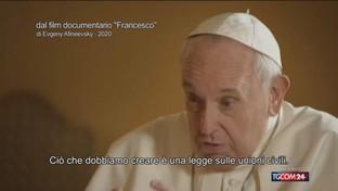 Il Papa apre alle unioni civili, le reazioni