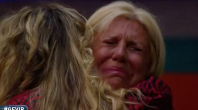 """""""GF Vip"""", Maria Teresa Ruta in lacrime: """"Io e Roberto volevamo un figlio"""""""
