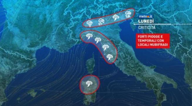 Maltempo in arrivo al Nord e al Centro: la nuova settimana inizia con il rischio di locali nubifragi