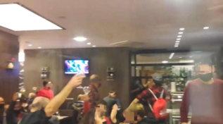 A Pesaro irruzione della polizia in un ristorante: 90 a tavola per protesta contro Dpcm