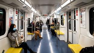 Milano, in calo i passeggeri a bordo dei mezzi pubblici