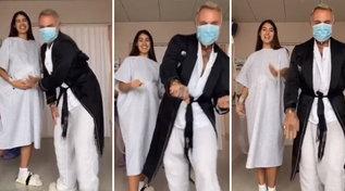 Gianluca Vacchi e Sharon Fonseca in sala parto non rinunciano ai balletti