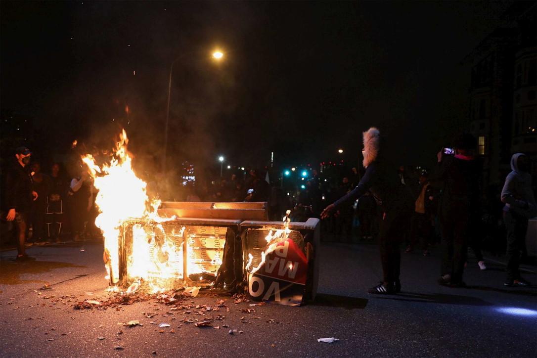 Usa, seconda notte di disordini a Philadelphia