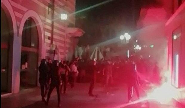 Verona, scontri a manifestazione dell'estrema destra