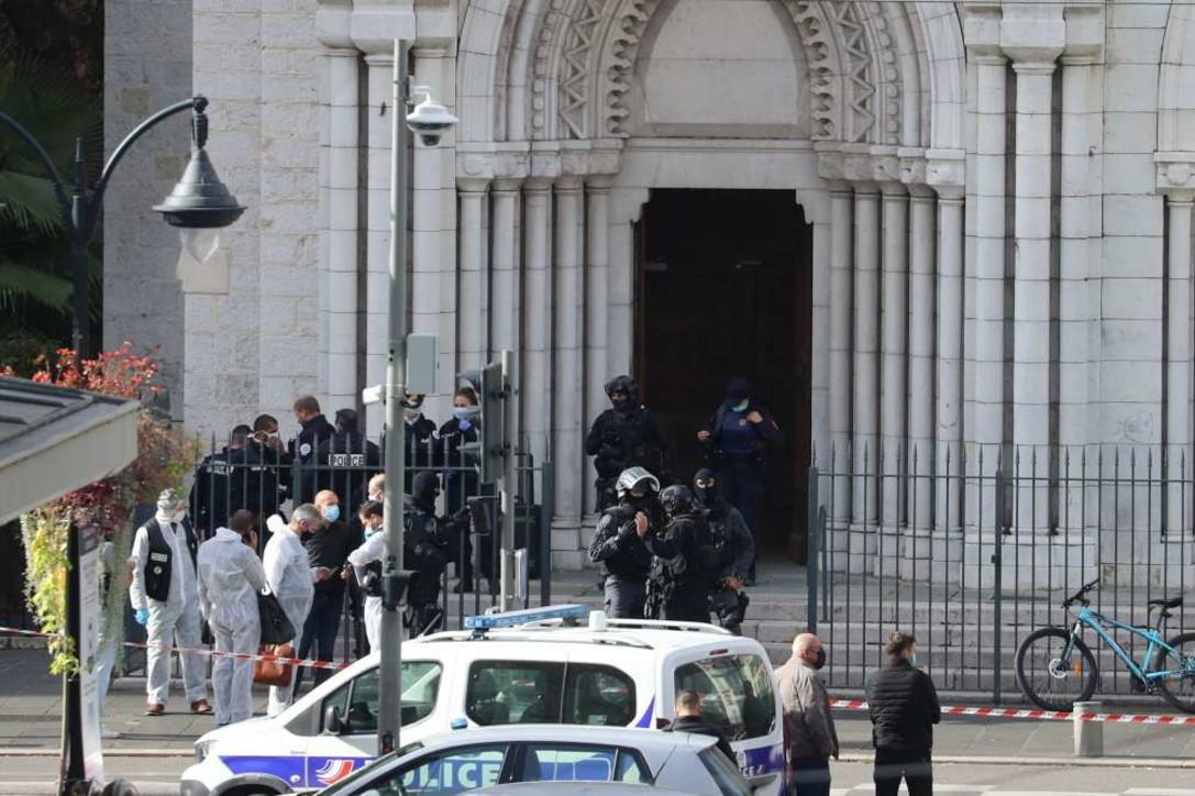 Attacco vicino alla chiesa diNotre-Dame a Nizza, morti e feriti