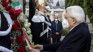 Covid, Mattarella nel Brescianodepone una corona per tutte le vittime