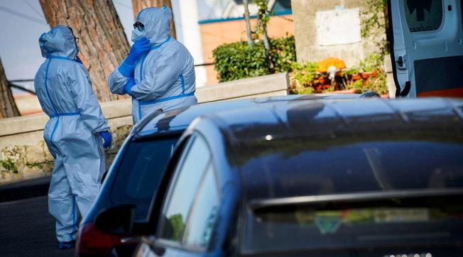 coronavirus napoli code pronto soccorso ossigeno auto