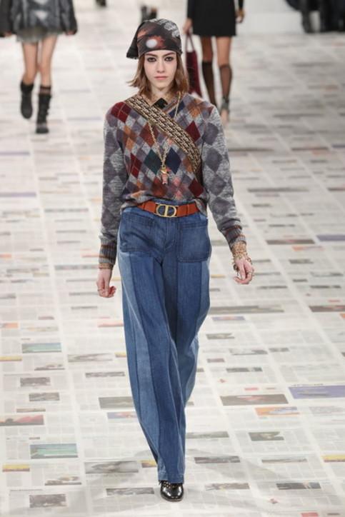 Moda donna, dai cropped ai bootcut: i jeans autunno 2020