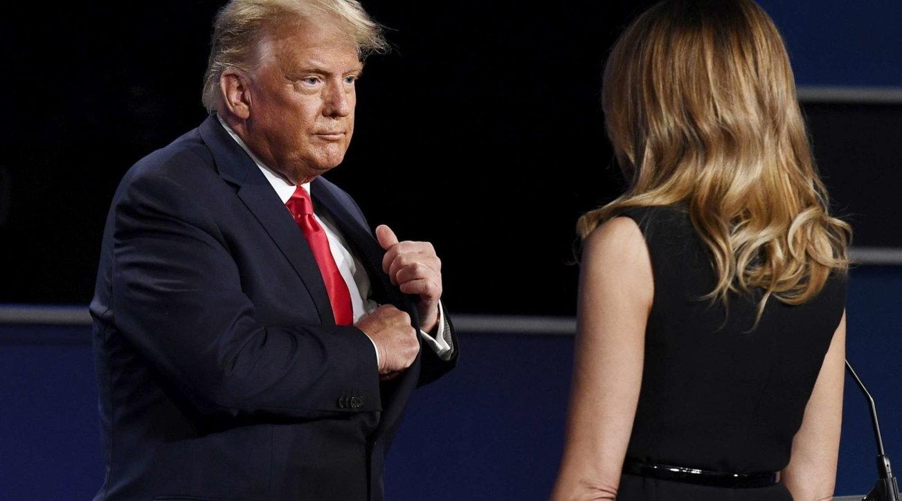 Per Melania l'ultimo Natale con Trump: riceverà 50 milioni di dollari?