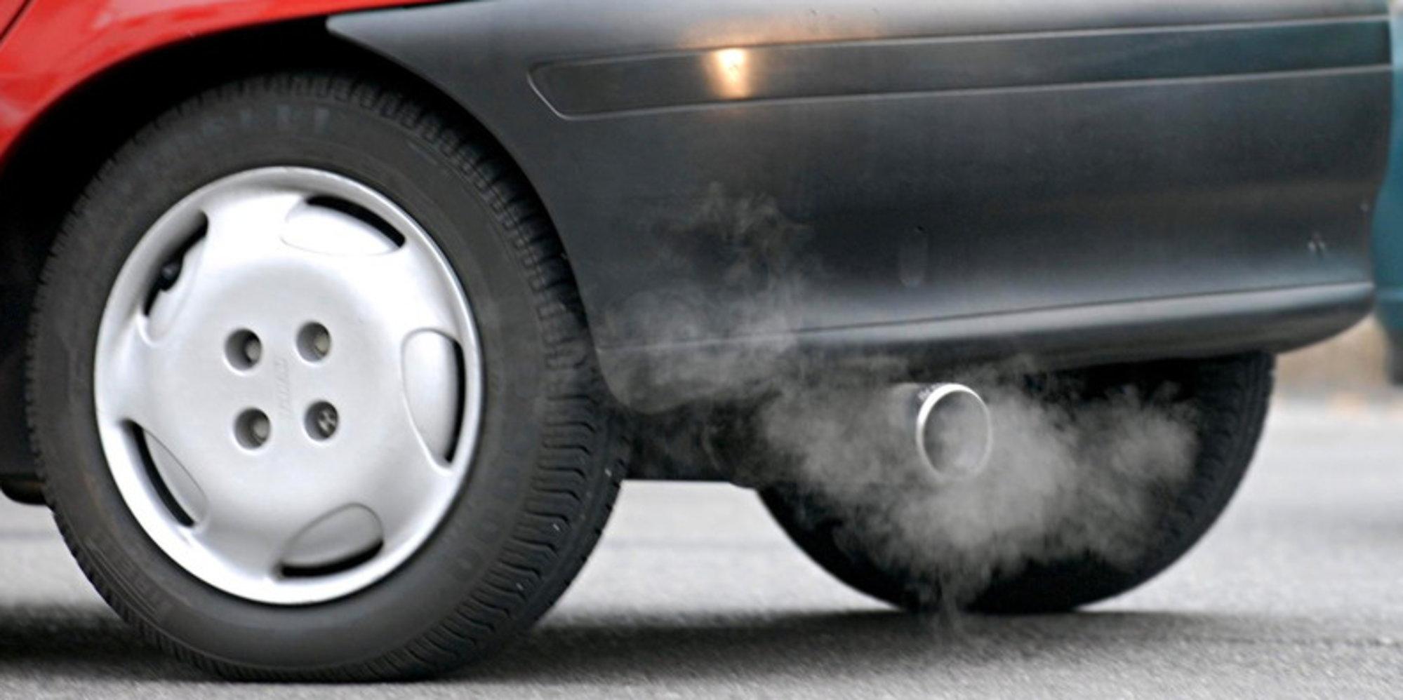 Clima, la rivoluzione green del Regno Unito: dal 2030 al bando le auto a benzina e diesel