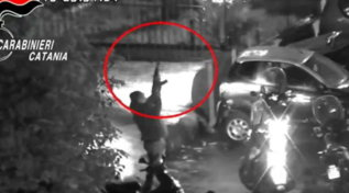 Spaccio a Catania, le immagini raccolte dai carabinieri durante l'indagine