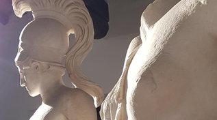 Tivoli, la statua romana Dionisoall'asta |Via al progetto Atlas: una mappatura del patrimonio di Villa Adriana nelle collezioni del mondo