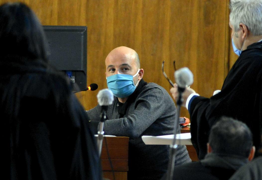 Strage di Erba, Azouz Marzouk in tribunale accusato di calunnia da Rosa e Olindo