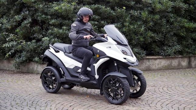 Scooter a tre e quattro ruote