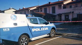 Pordenone, uccide la giovane compagna a coltellate | L'avvocatessa rinuncia a difenderlo