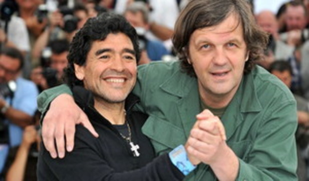 La vita straordinaria di Maradona: ecco i film e i documentari che l'hanno raccontata