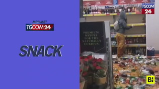 Furia folle in un supermercato inglese, distrugge 500 bottiglie in 5 minuti
