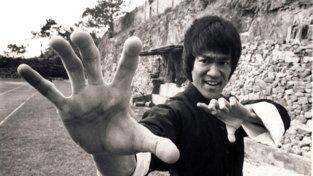 Bruce Lee avrebbe 80 anni: un'icona globale del KungFu al cinema