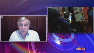 """Tajani: """"Scostamento bilancio, Berlusconi ha lavorato non solo per il governo"""""""