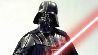 """Addio a David Prowse, da """"Frankenstein"""" al Darth Vader della prima trilogia di """"Star Wars"""""""