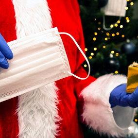 Per un Natale sicuro serve il tampone rapido prima di cenoni e pranzi