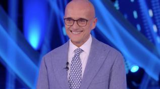"""""""GF Vip"""", Alfonso Signorini si commuove: """"Ho grande rispetto per voi"""""""
