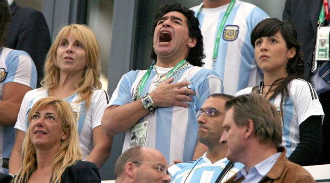 Maradona, ecco l'eredità: 75 milioni di dollari | Spuntano altri sei figli