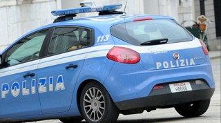 Como, litiga con la moglie e fa 450 km a piedi per smaltire la rabbia: trovato dalla polizia a Fano