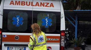 Napoli,partorisce in casa ma la neonata muore | Il marito: ambulanza in ritardo e senza incubatrice