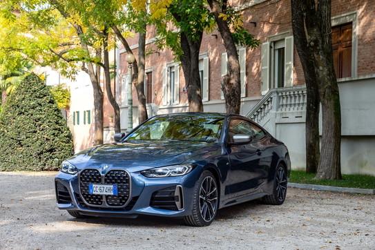 BMW e la tradizione di coupé sportive